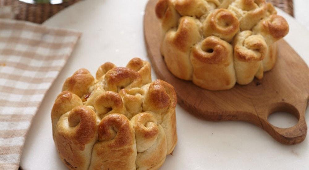kuru meyveli ve mayalı ekmek