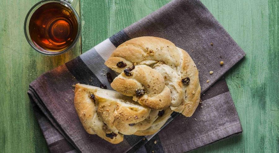 cevizli ve pekmezli ekmek
