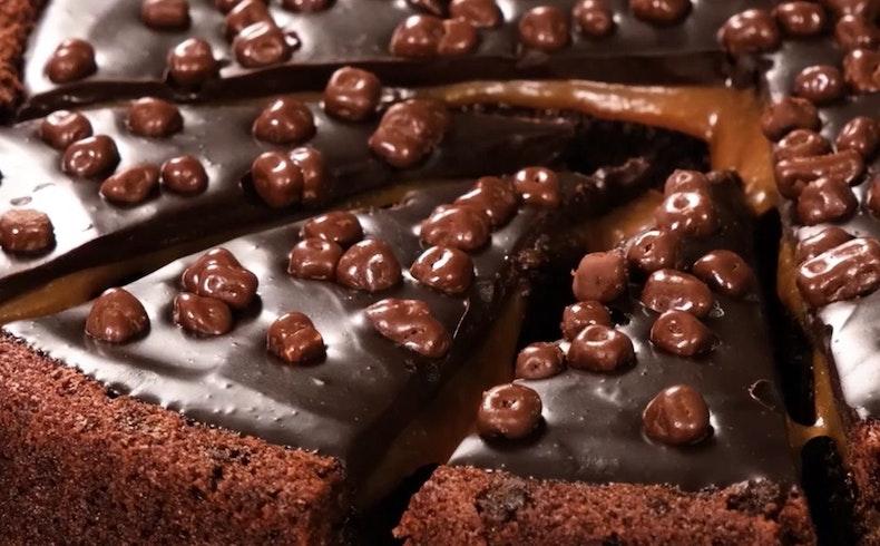 Tatlı Bir Sürpriz: Sevgililer Gününe Özel 6 Çikolatalı Tatlı Tarifi