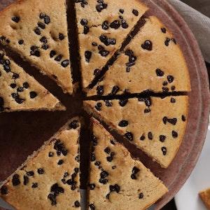 Vanilya Pudingli ve Parça Çikolatalı Kek Tarifi