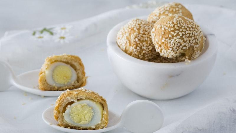 Bıldırcın Yumurtalı Atıştırmalık Mini Poğaçalar Tarifi
