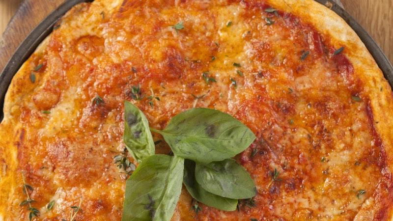 Domates Soslu Pizza Tarifi