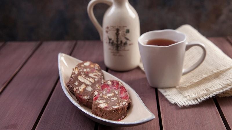 Frambuazlı Mozaik Pasta Tarifi