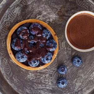 Yaban Mersinli ve Çikolatalı Tart Tarifi