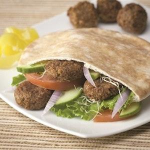 Pita Ekmeği Arasında Zencefilli Köfte Tarifi