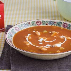 Mantılı ve Kabaklı Domates Çorbası Tarifi