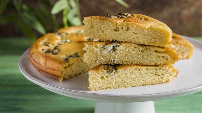 Mısır Unlu ve Isırgan Otlu Ekmek Tarifi