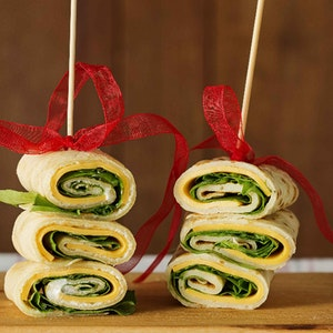 Renkli Krep Lokmaları (pazı-çeçil peyniri-jambon karışımı) Tarifi
