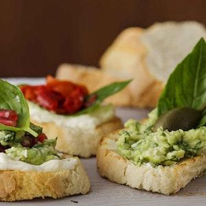 Zeytinyağlı ve Cevizli Ekşi Mayalı Beyaz Ekmek Tarifi