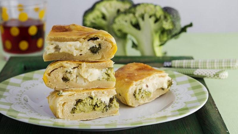 Brokolili ve Peynirli Kiş Tarifi