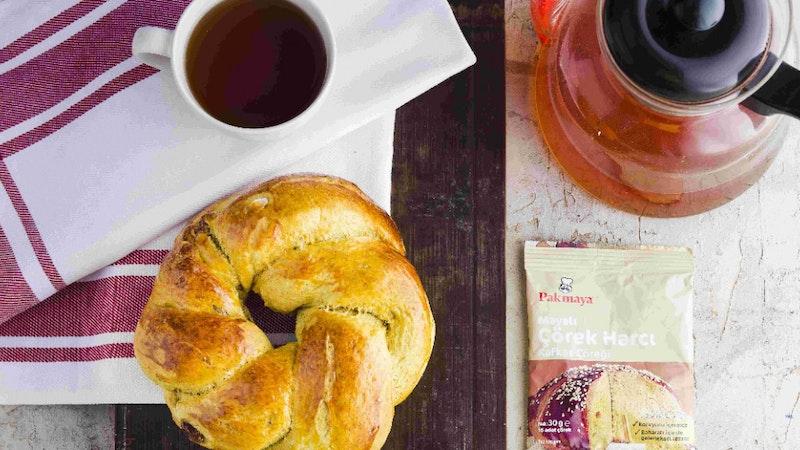 Hurmalı  Ve Bademli Kafkas Çöreği Tarifi