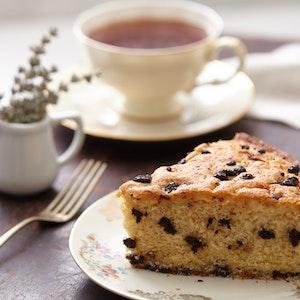 Hurmalı Ve Parça Çikolatalı Kek Tarifi