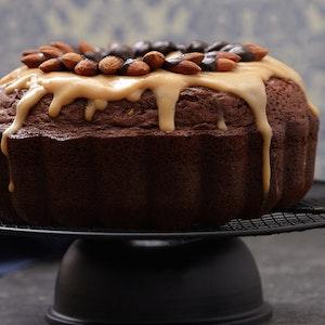 Bal Bademli Pudingli Ve Bademli Çikolatalı Kek Tarifi