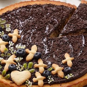 Bol Çikolatalı Tart Kek Tarifi