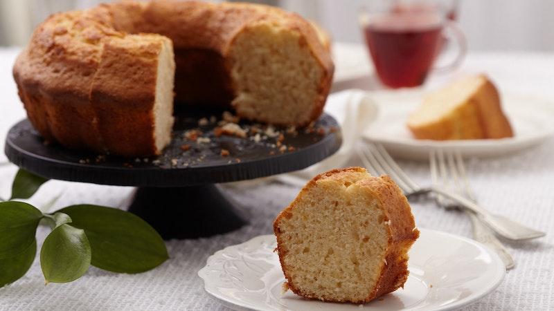 Pakmaya Sade Mayalı Kek Harcı İle  Sade Kek Tarifi