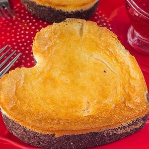 Çikolatalı Kalp Cheesecake Tarifi