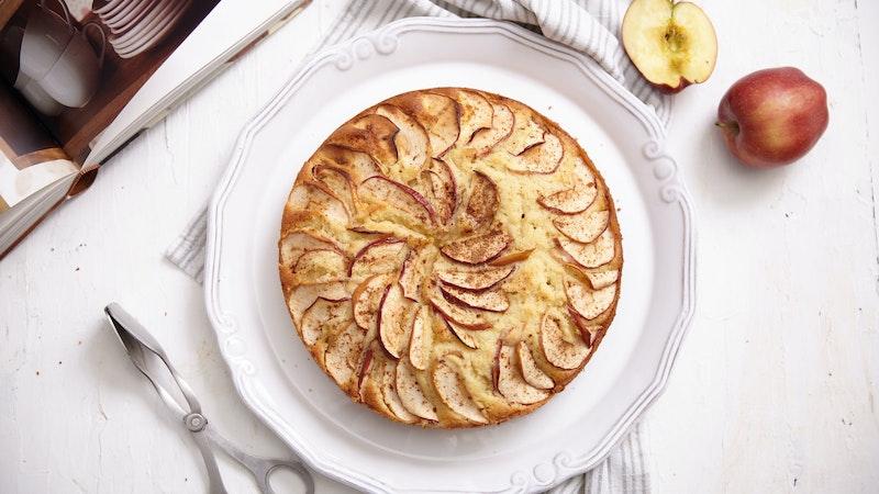 Elmalı ve Cevizli Kek Tarifi