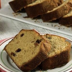 Tarçınlı ve Kuru Üzümlü Kek Tarifi