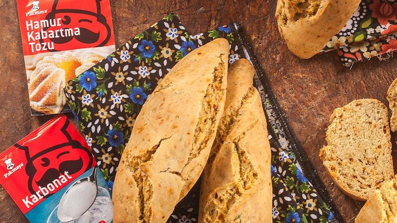 Çeşnili Mısır Ekmeği Tarifi