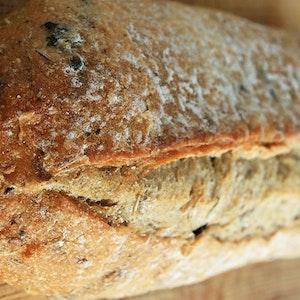 Zeytinli Çavdar Ekmeği Tarifi