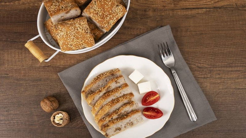 Glütensiz Cevizli Ekmek