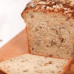 Ay Çekirdekli Tahıllı Tost Ekmeği Tarifi