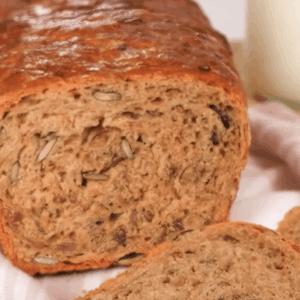 Bol Çekirdekli Ekşi Mayalı Ekmek Tarifi