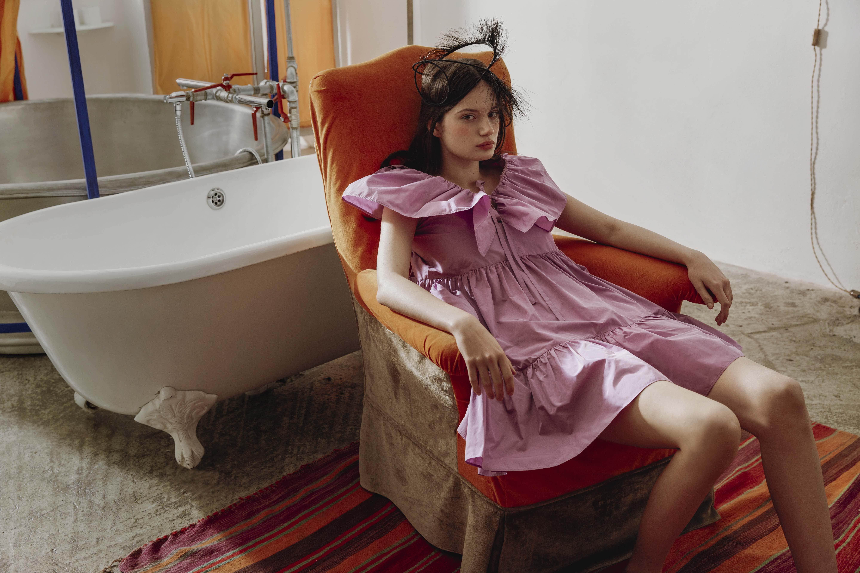 Pink Lady : une série mode à l'eau de rose