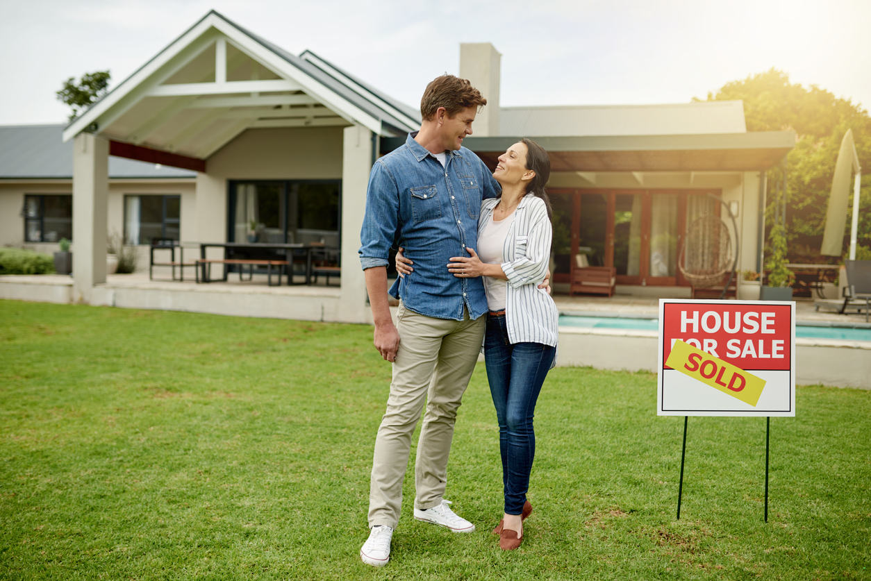 Engaging a solicitor as a home buyer Image