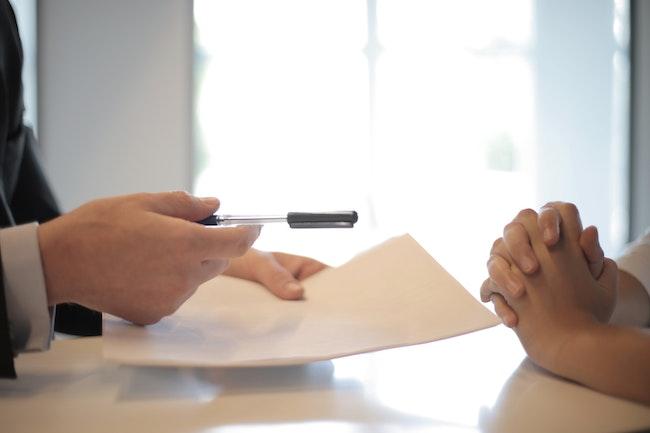 L' arce de pôle emploi : comment en bénéficier ?