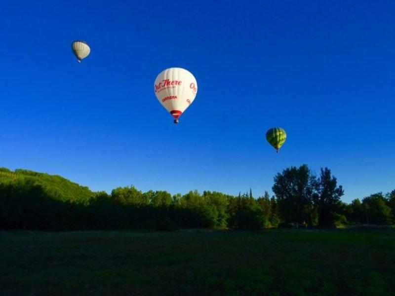 1478353796 ballon