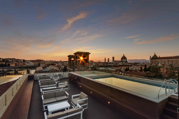 2017 Best Rooftop Terrace Acacia Firenze