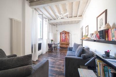 Campanula, Santa Croce accommodation acacia firenze