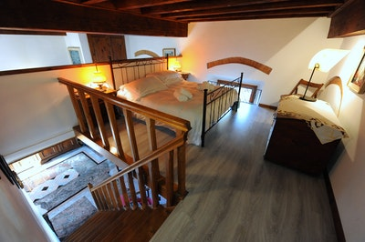 TIGLIO accommodation acacia firenze