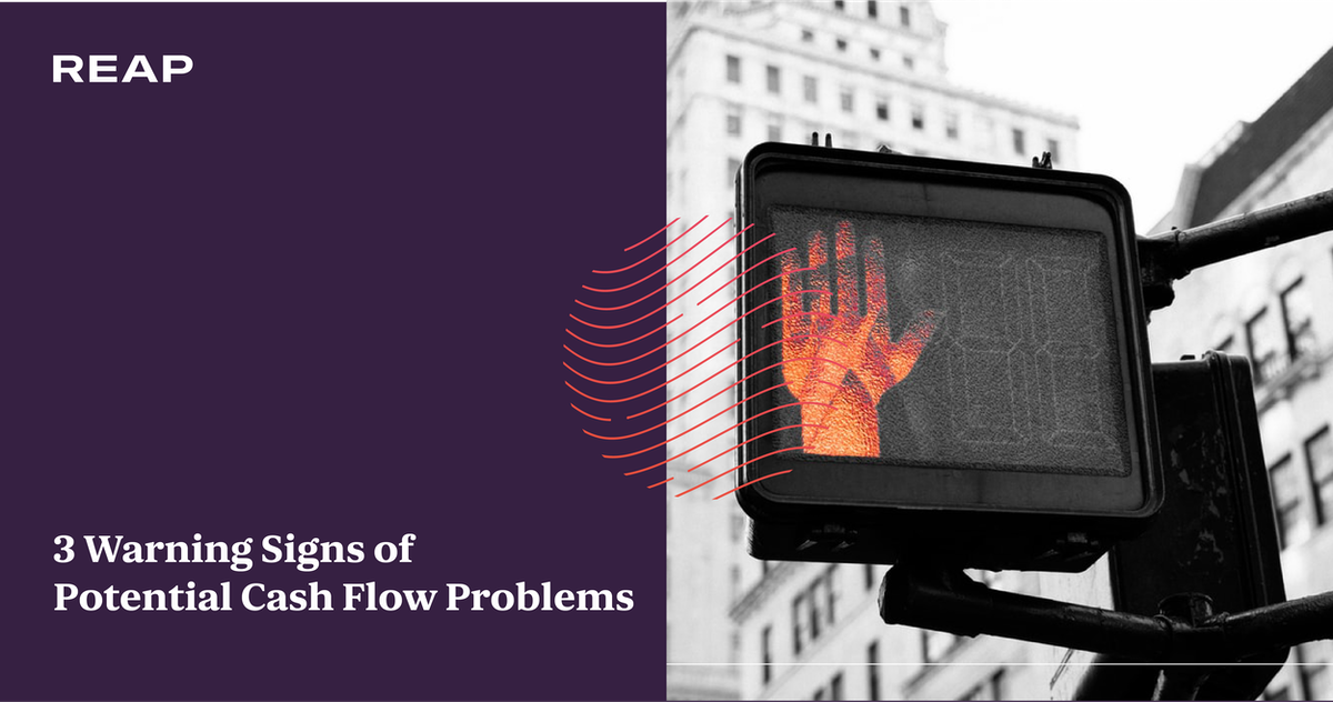Cover Image for 3 warning signs of potential cash flow problems