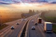 Vorteile eines GPS-Ortungsgeräts für Firmenfahrzeuge