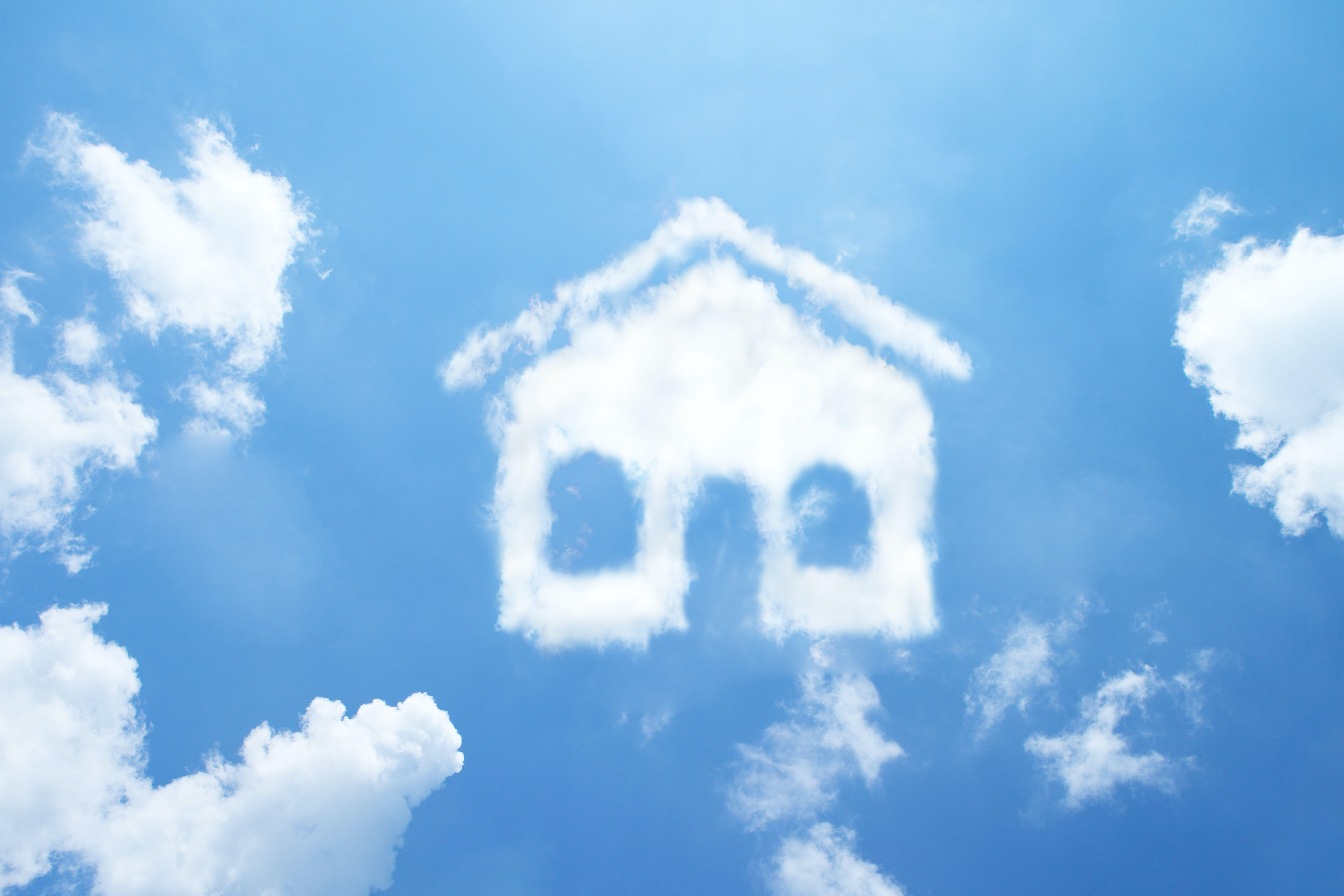 A combined on-premise and custom cloud infrastructure for the woningpas project, the digital passport for residences in Flanders.