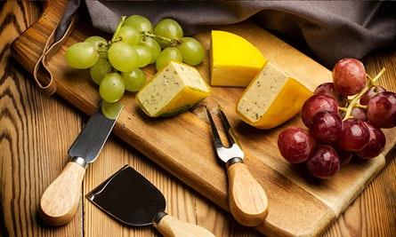 Käse mit Obst & Gemüse