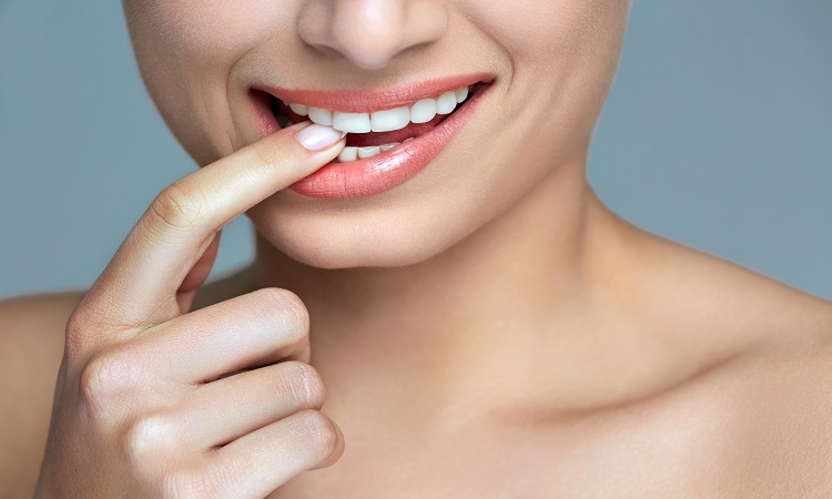 Samadian Cosmetic & Advanced Dentistry Blog | How long does teeth whitening last?