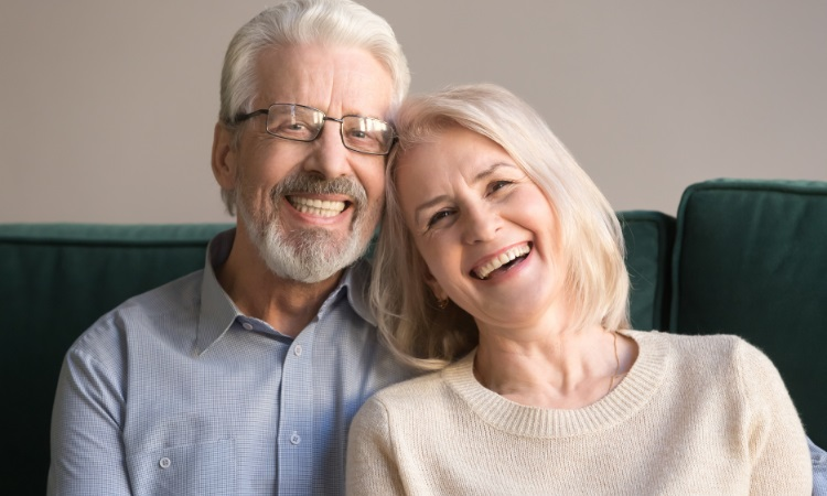 Samadian Cosmetic & Advanced Dentistry Blog | Dentures vs overdentures: what's the difference?
