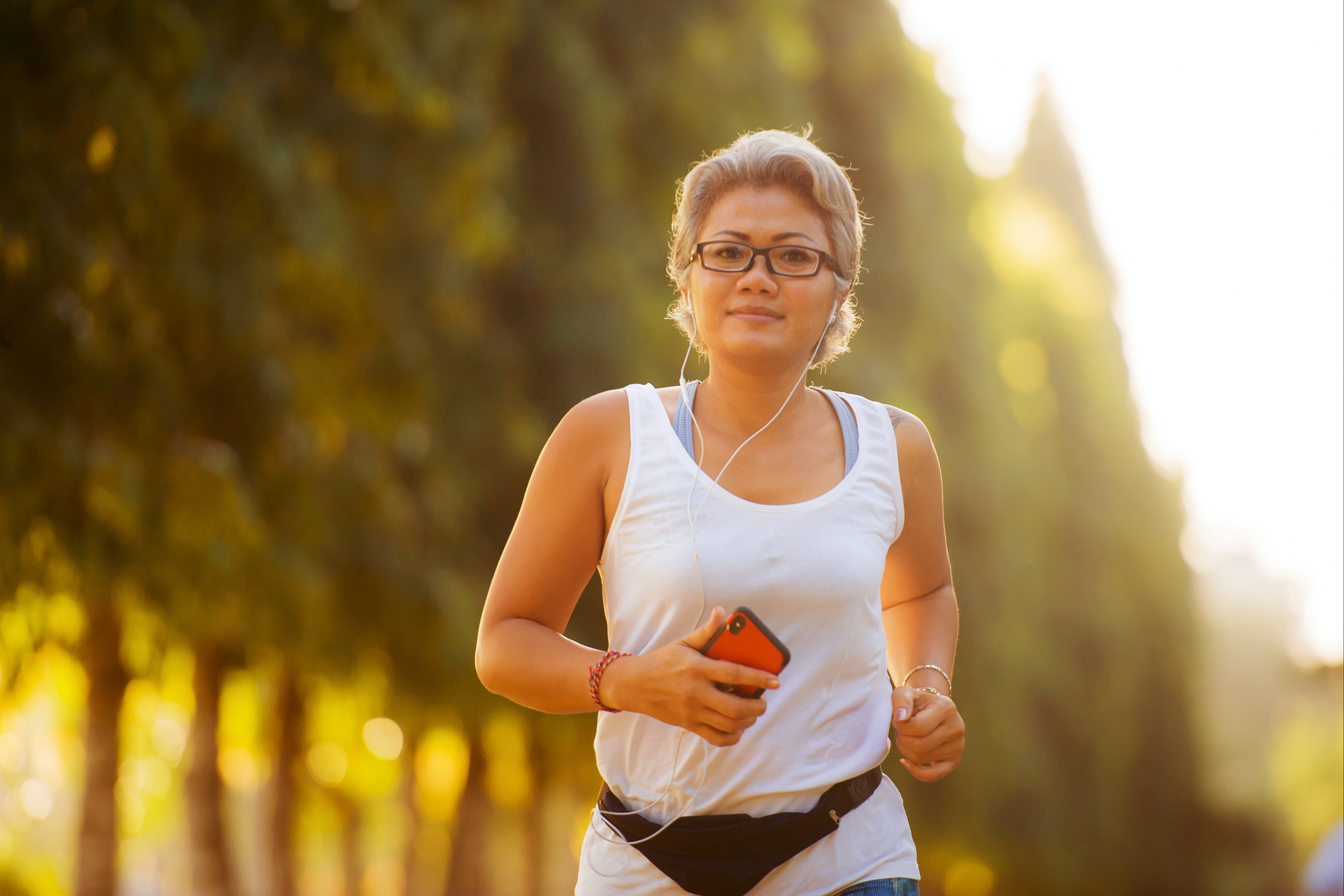 woman-running-outdoors