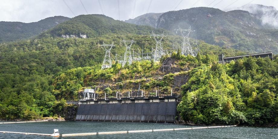 Photo of Manapōuri Power Station