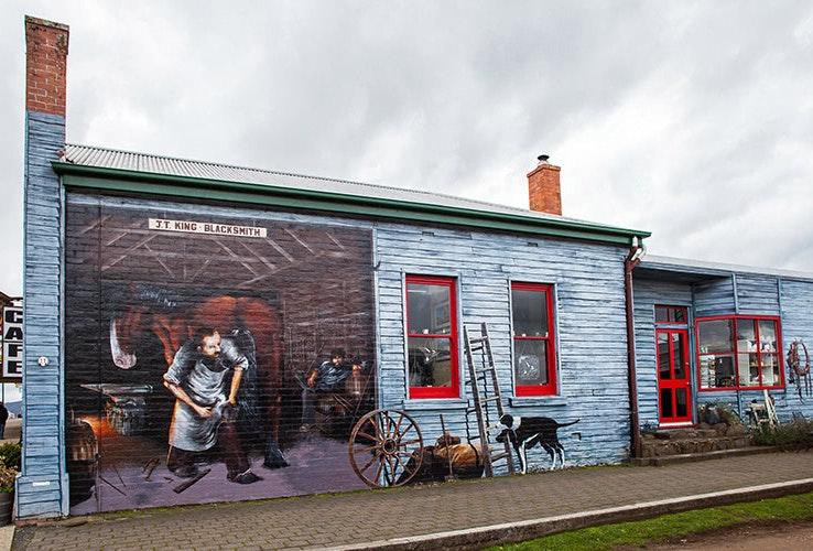 Mural on wall in Sheffield Tasmania