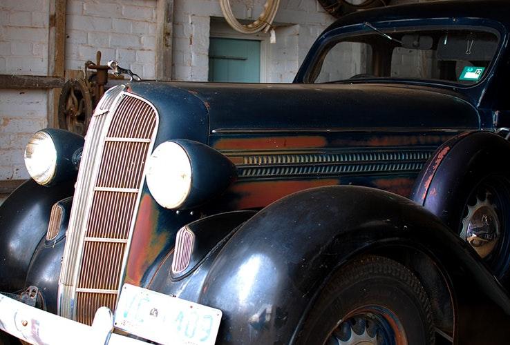 1936 Dodge Beauty Winner in black