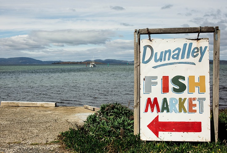 A sign pointing to the Dunalley Fish Market