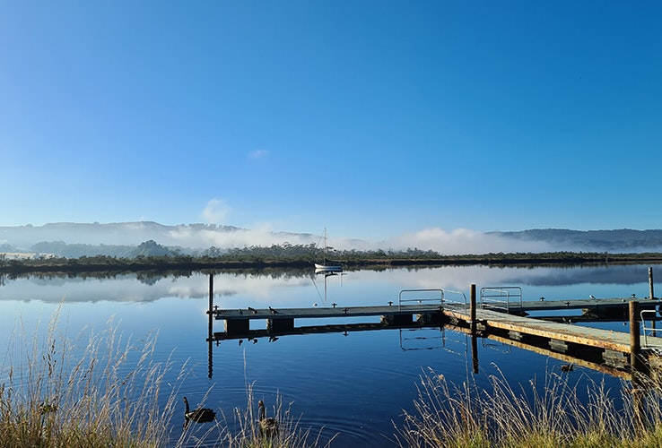 Cold morning on the Huon River