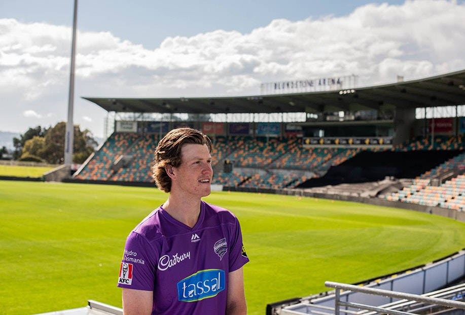 Mitch Owen of the Hobart Hurricanes portrait photo at Bellerive Oval