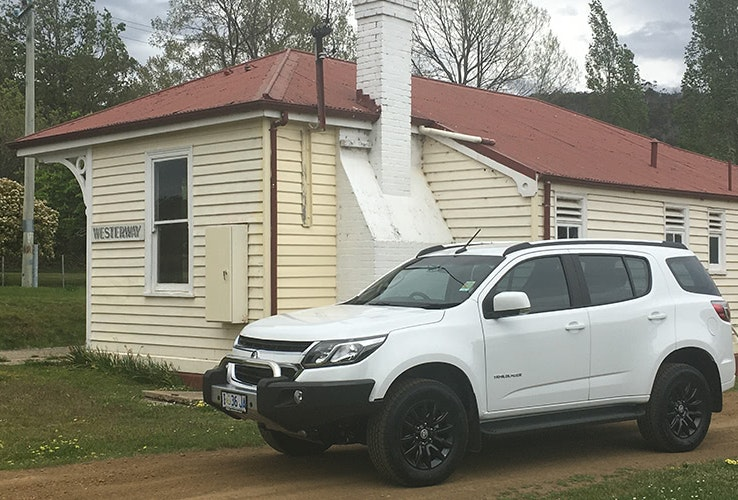 4WD outside a building.