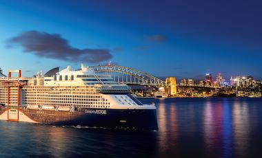 cruise ship Sydney harbour