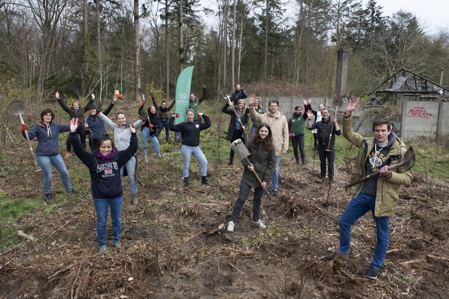 Adyen team planting with Life Terra.